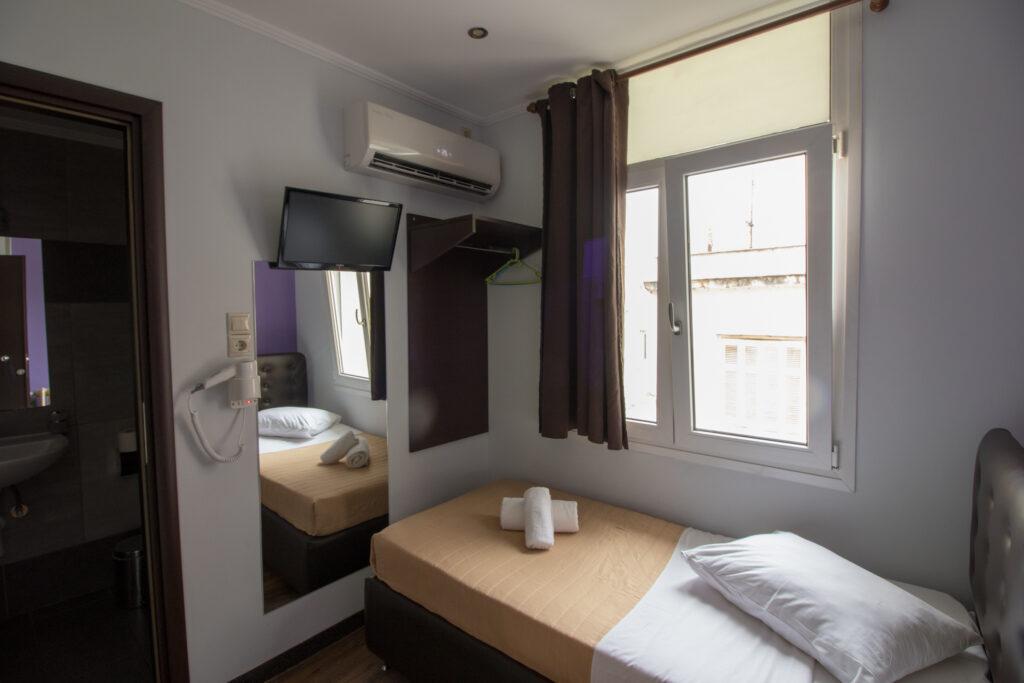 single-room-cosmopolit-hotel-1
